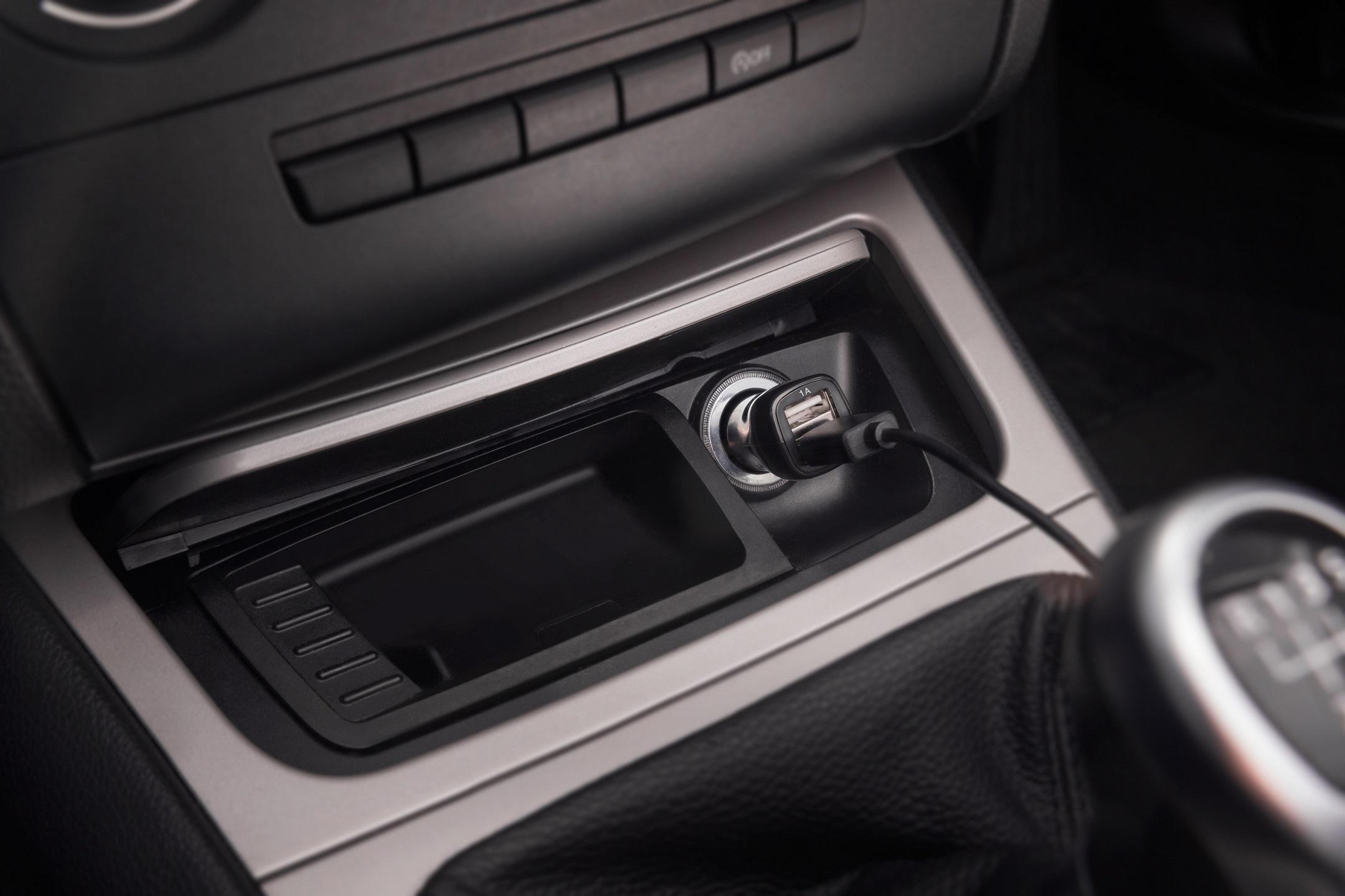 pure highway 600 car dab adapter black thali. Black Bedroom Furniture Sets. Home Design Ideas